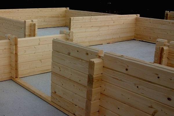 costruire una casa di legno