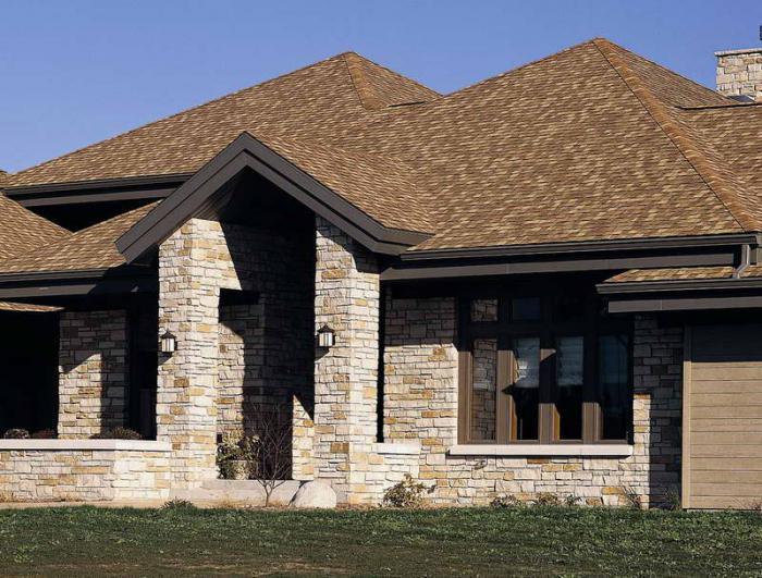 Боље је покрити кров дрвене куће