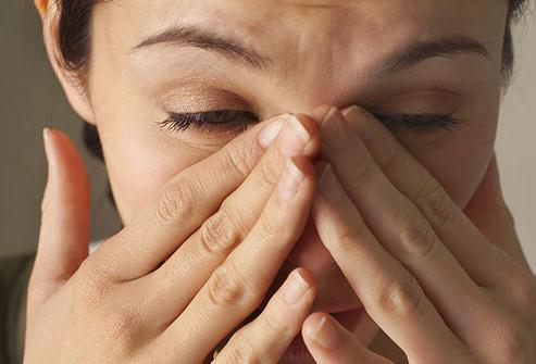 Цурење носа не иде 2 недеље