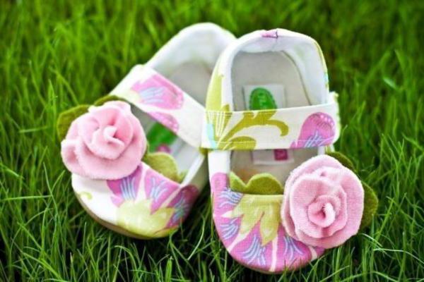 što dati novorođenoj unuci