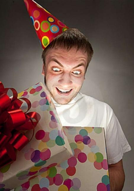 co dać przyjacielowi na jego urodziny