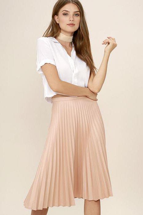 какво да облека с миди плисирана пола