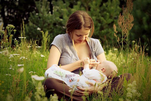 kada možete ljeti hodati s novorođenčetom
