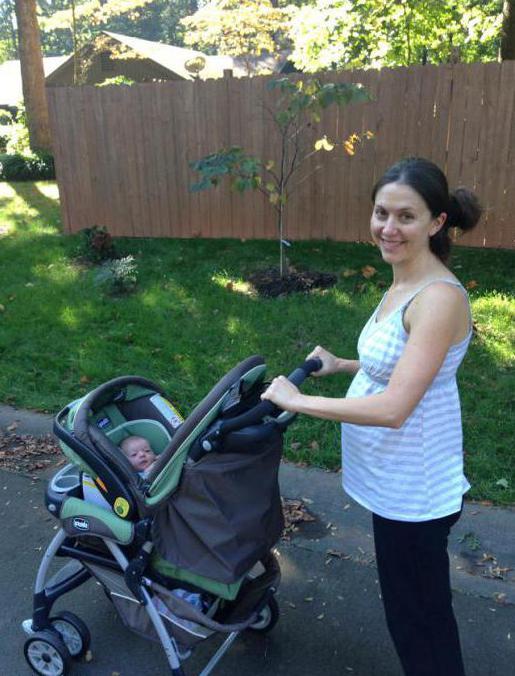 kada možete hodati s novorođenčetom nakon rodilišta