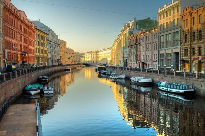 где да оде у Санкт Петербург