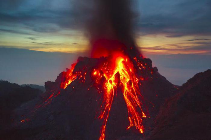 kopno, kjer je Vesuvius