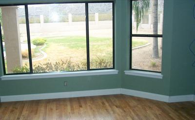 finestre di plastica e legno