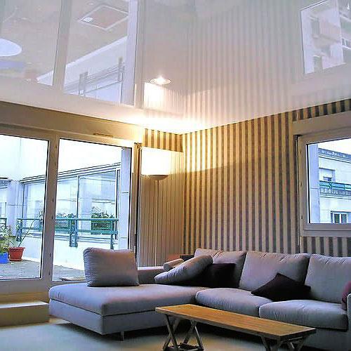 foto del soffitto teso bianco
