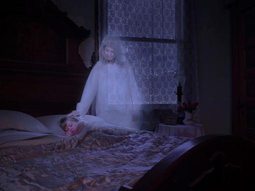 fantasmi di creazione di persone e visione di fantasmi