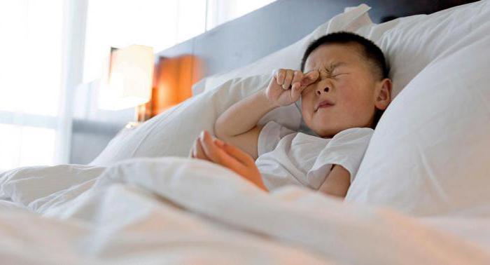 perché gli occhi di un bambino che dorme si aprono