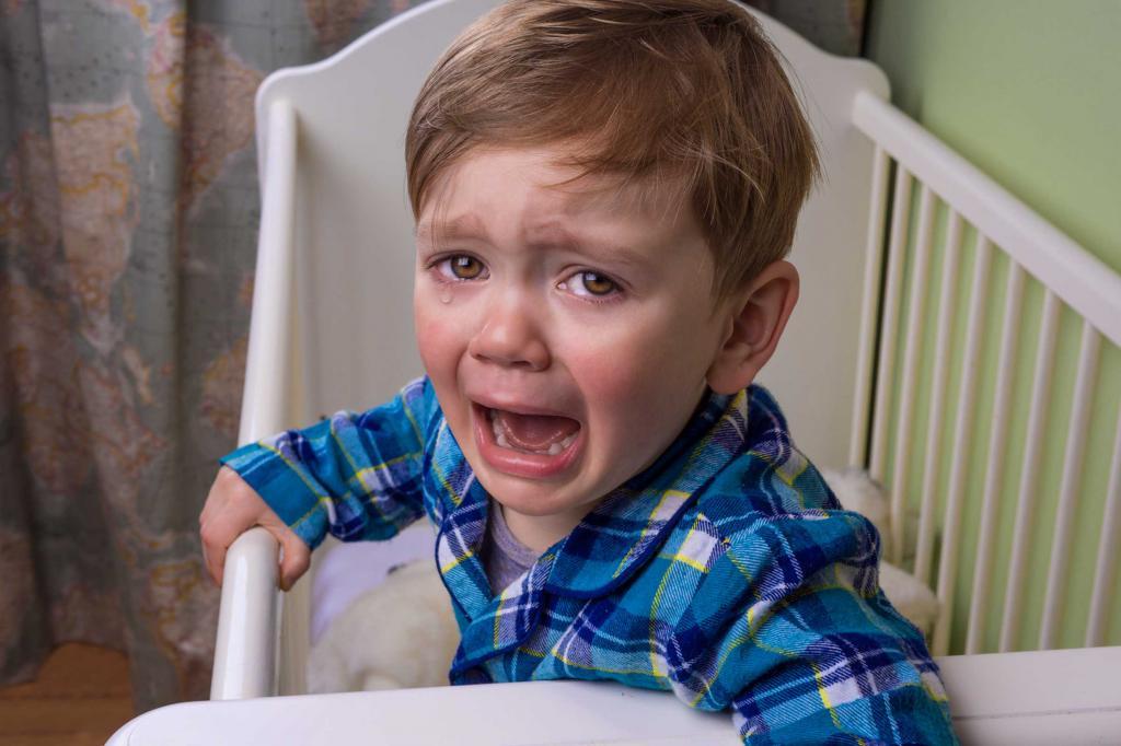 i bambini più grandi di un anno piangono