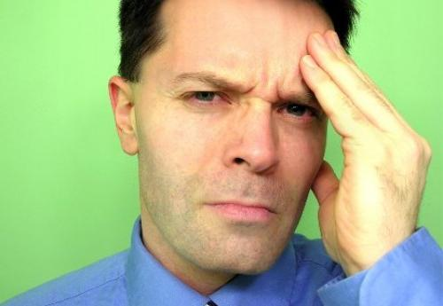 зашто глава боли и окреће се