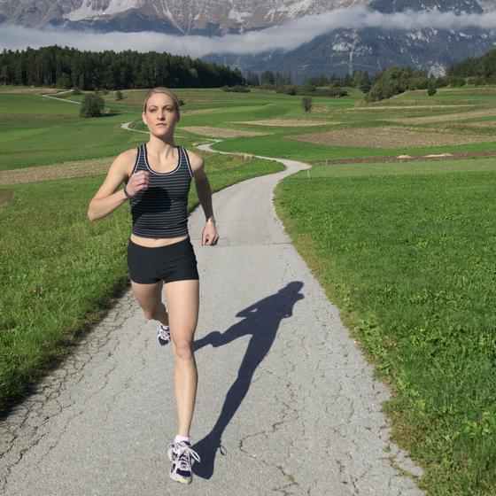 Czy bieganie pomaga schudnąć? - Na pytanie odpowiada Redakcja abcZdrowie | Mangosteen
