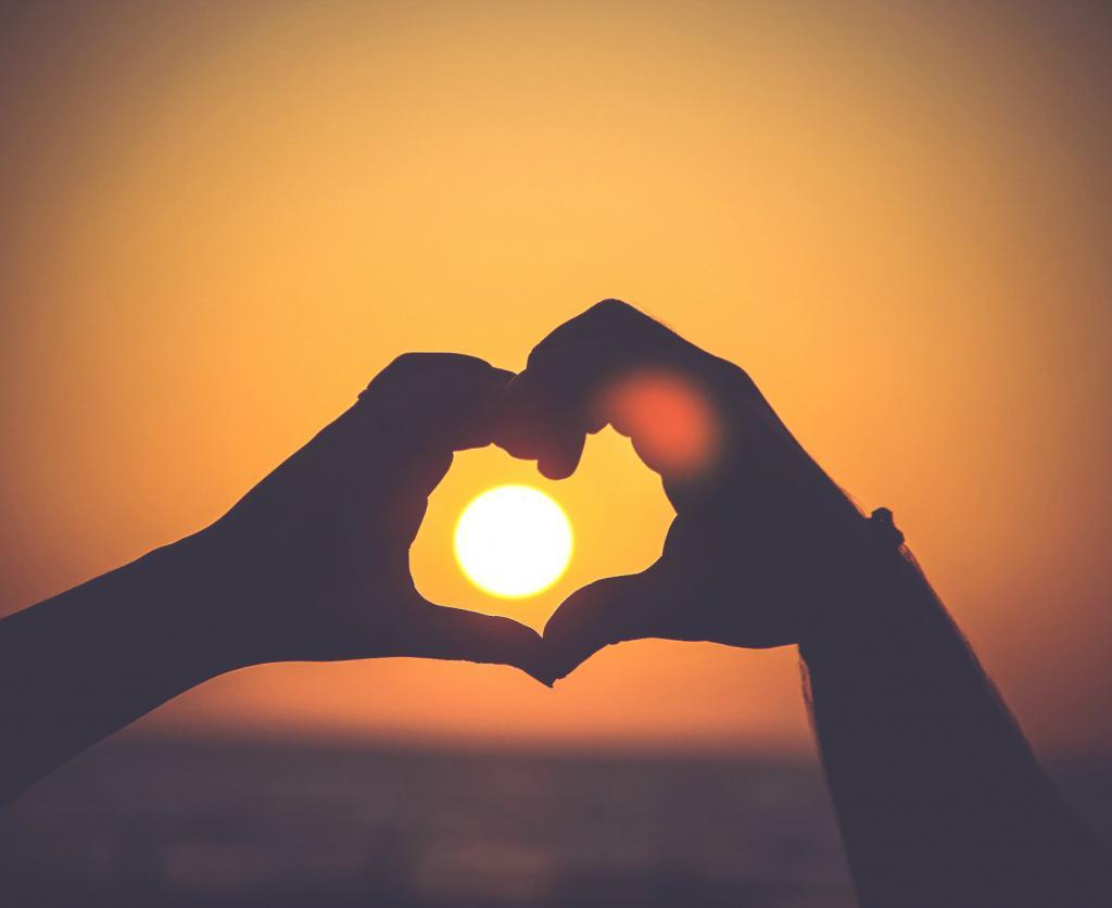 mówiąc o szczęściu i miłości