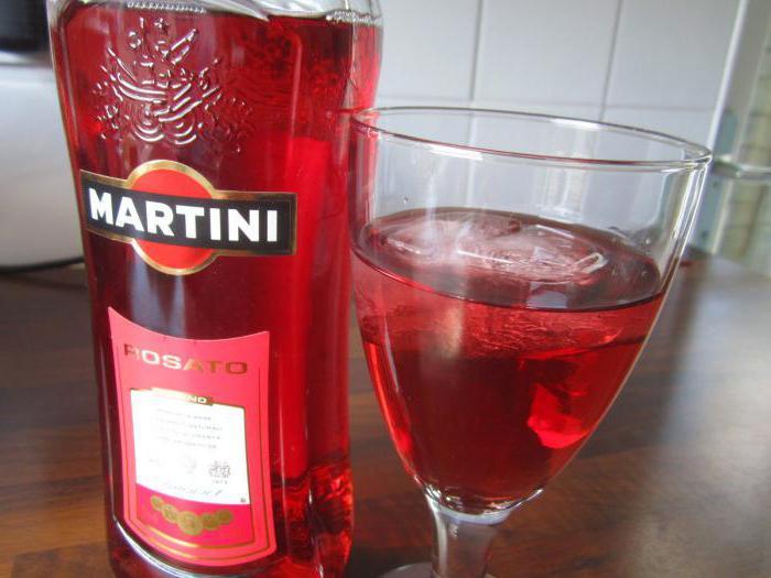 che succo di bevanda martini rosato