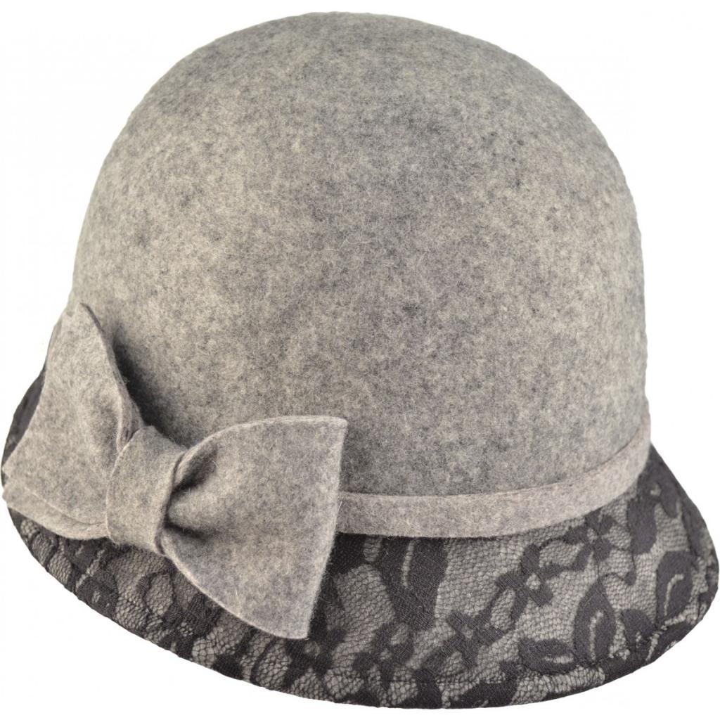 Cappello da donna - accessorio per donne vere