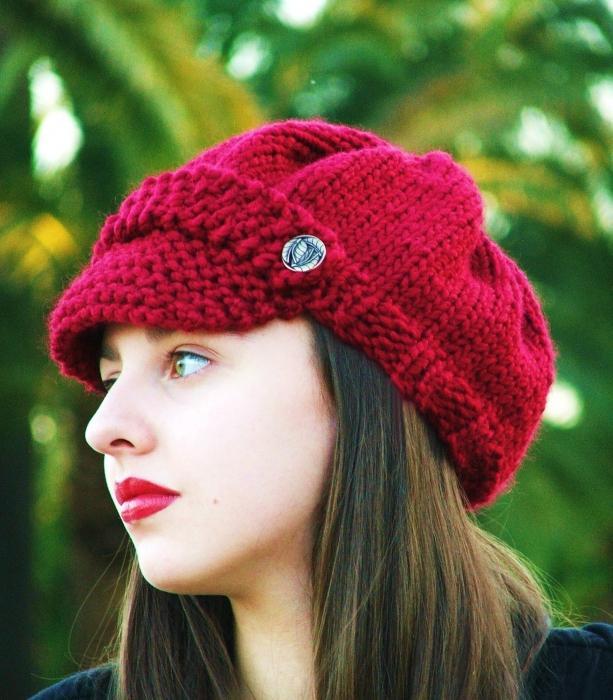 Дамски трикотажни шапки