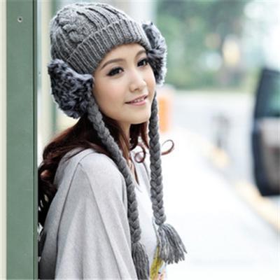 Дамски шапки за плетене на една кука