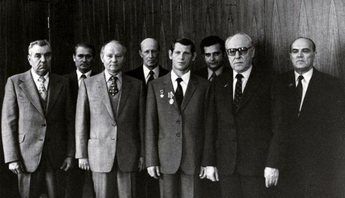 Biografia di Yuri Drozdov